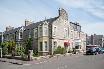 Picture of Lomond Guest House in Leven