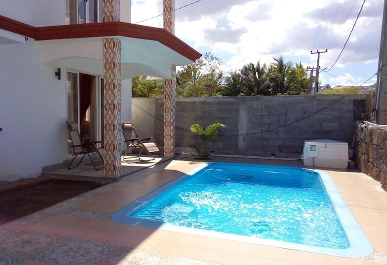 弗利康弗拉克聖皮埃爾平原 3 房公寓 - 附共用泳池/專屬花園及 Wi-Fi - 離海灘 800 米, Flic-en-Flac, 泳池