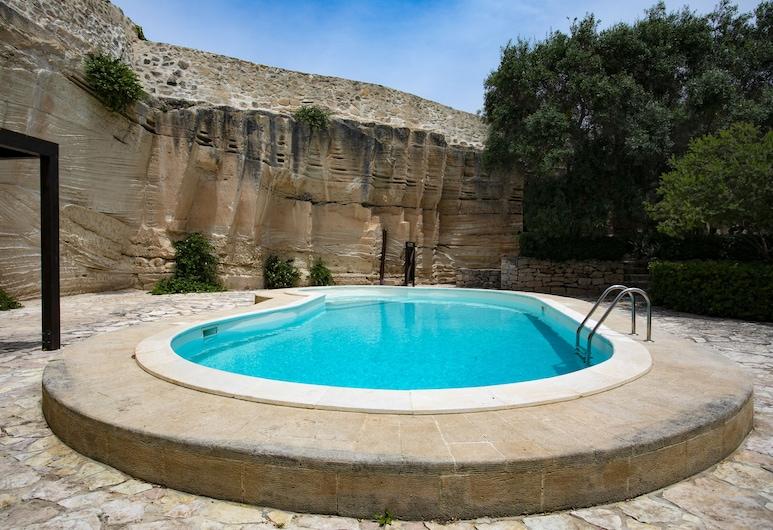 Esperanto Suite&Pool, Favignana, Outdoor Pool