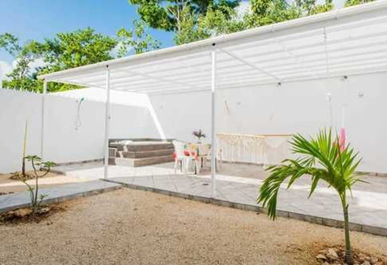 Dream House Jacuzzi , Playa del Carmen, Terrasse/patio
