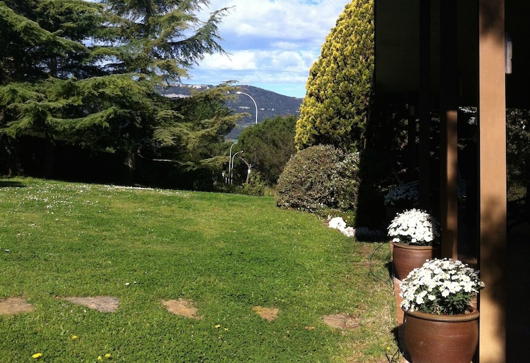 LES MARGARIDES, A paradise in the Montseny Natural Park, Seva, Property Grounds