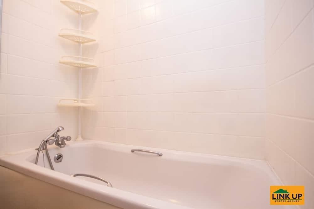 Familienhaus, Mehrere Betten, Gartenblick - Badezimmer