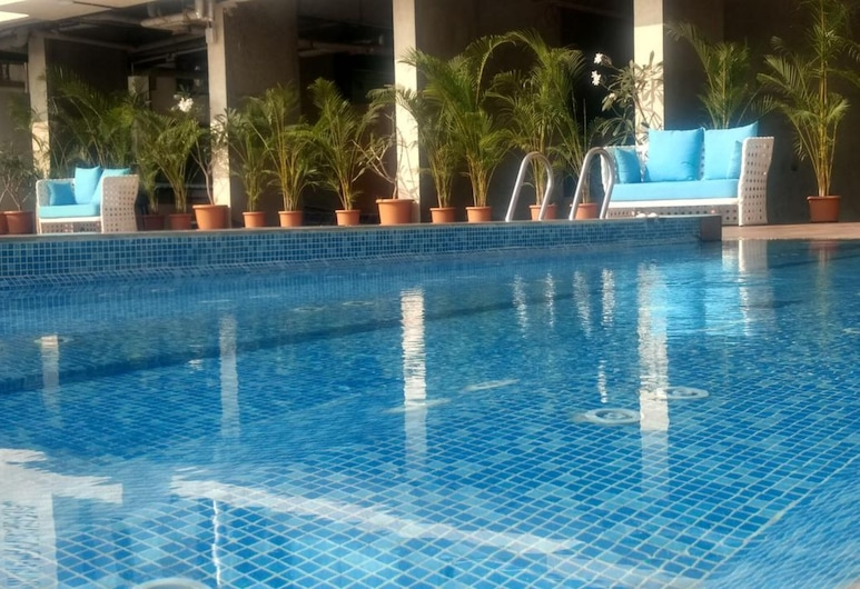 Ramee Techome, Βομβάη, Εξωτερική πισίνα