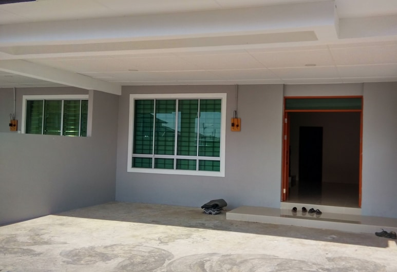 RAY'S HOMESTAY, Sibu, Property entrance