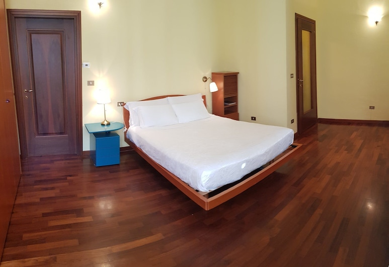 B&B Il Roma, סולמונה, חדר דה-לוקס זוגי או טווין, ללא עישון, נוף להר, חדר אורחים