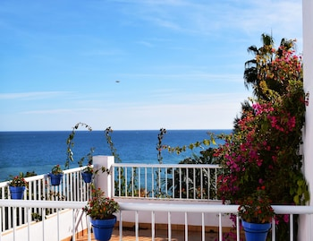 Picture of Hostal Tres Soles in Nerja