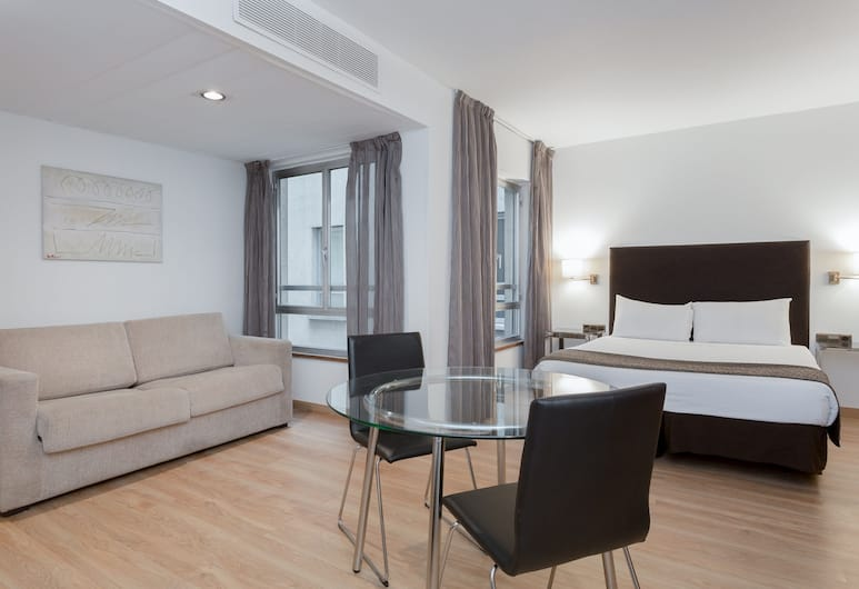 Apartamentos Leganitos, Madrid, Premium Apartment (Matrimonial), Room