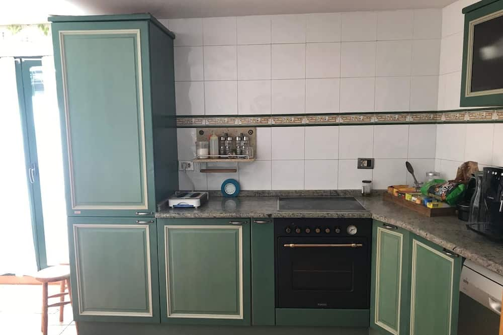 Double Room, 2 Twin Beds - Shared kitchen