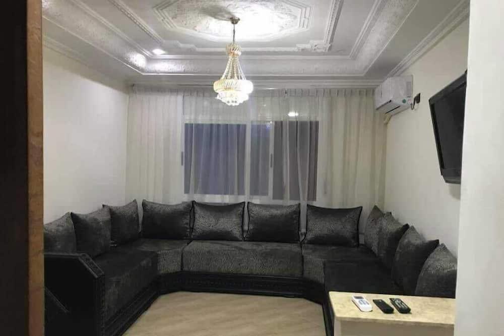 דירה משפחתית, 2 חדרי שינה, ללא עישון - סלון