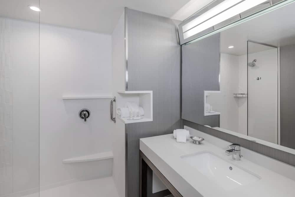 Apartmá s ložnicí a obývacím koutem, 1 ložnice, nekuřácký, výhled na město - Koupelna
