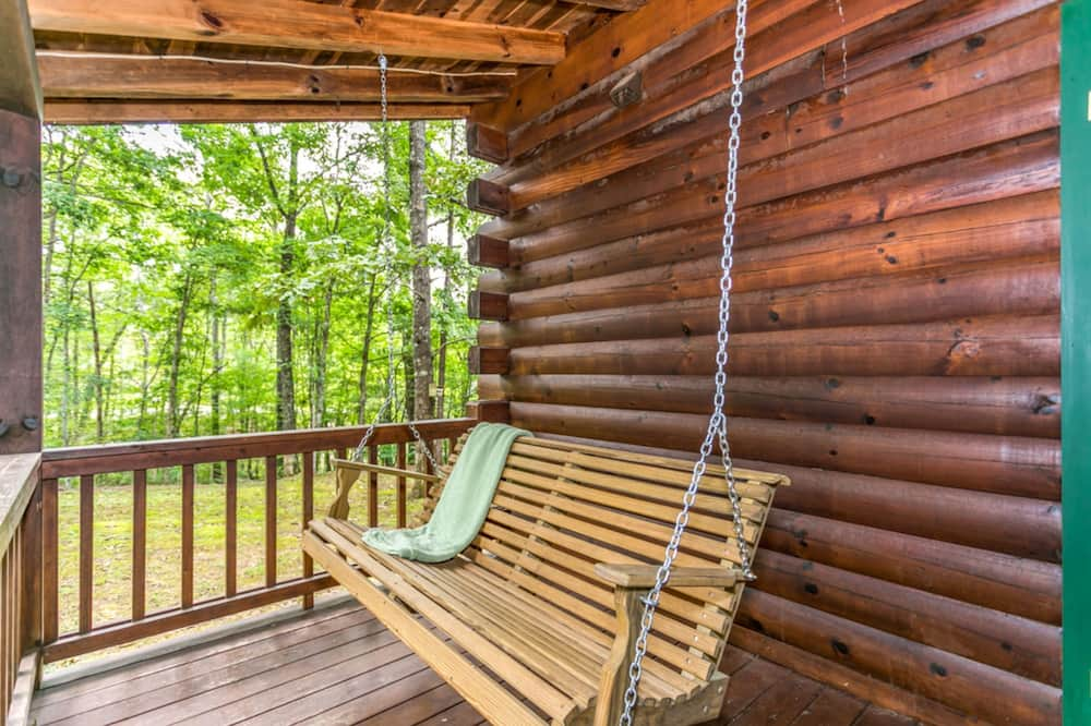 Cabin, Multiple Beds, Non Smoking - Balcony