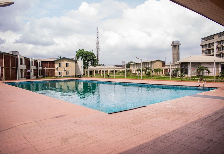 DBI Guest House, Lagos, Sundlaug