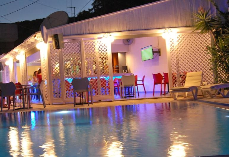Artemis Studios, Rodas, Bar del hotel