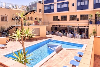 תמונה של Checkin Caribe Youth Hotel בLloret de Mar