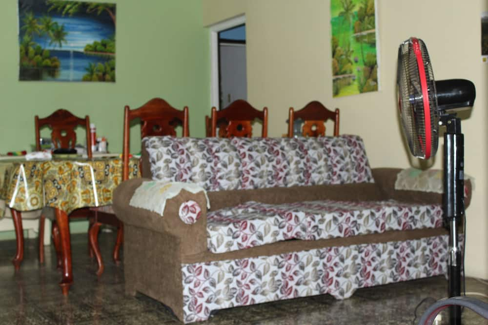The Almond Tree Room - Living Area