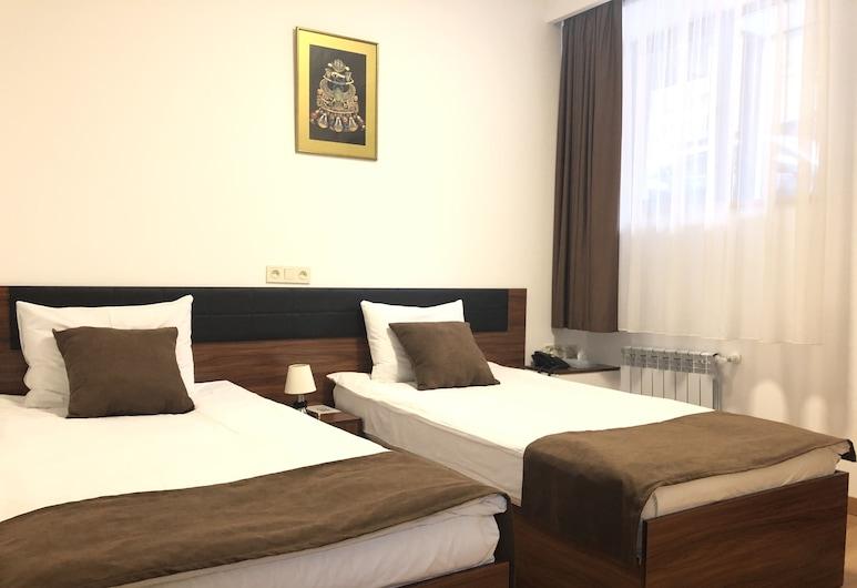 Mashtots Hotel, Yerevan, Kamer, 1 twee- of 2 eenpersoonsbedden, Kamer