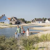 Comfort 10-person Villa - Arduin in the Holiday Park Landal Strand Resort Ouddorp Duin