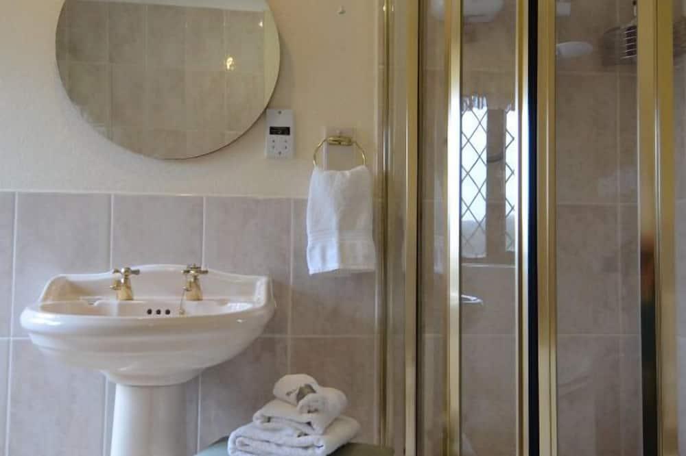 Luxury Guest Room - Baño