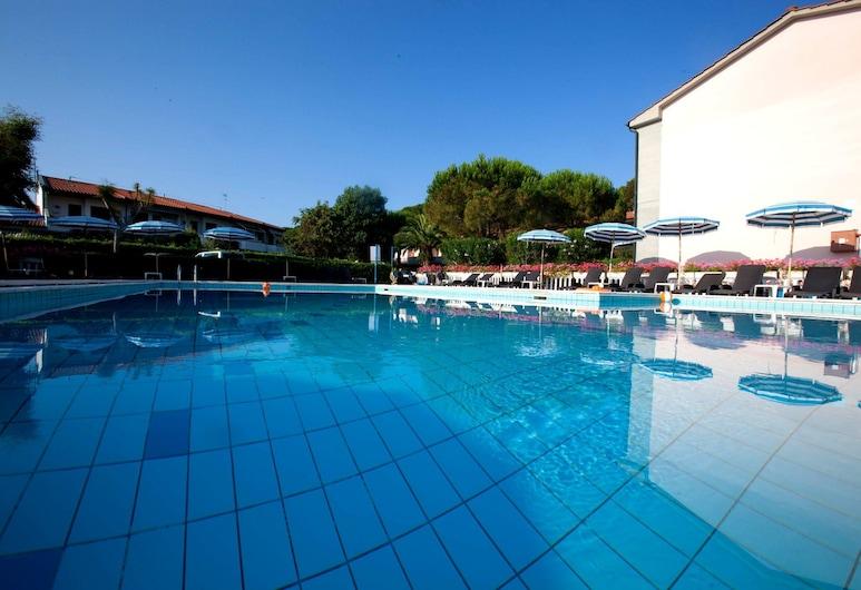 Oleandri Suite Hotel, Rosignano Marittimo, Buitenzwembad