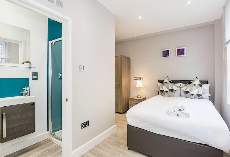 Toynbee Street Ro 2 · Cozy Room Near Whitechapel Gallery, London