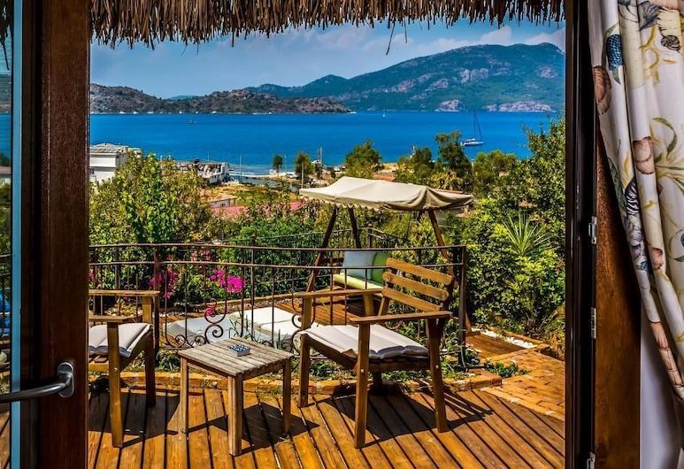 巴德姆度假屋, 馬馬利斯, 豪華雙人房, 海景, 露台
