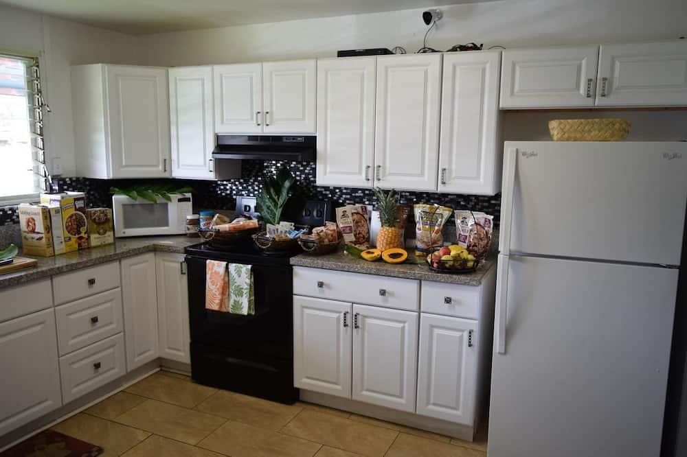 客房, 1 張標準雙人床, 共用浴室 - 共用廚房