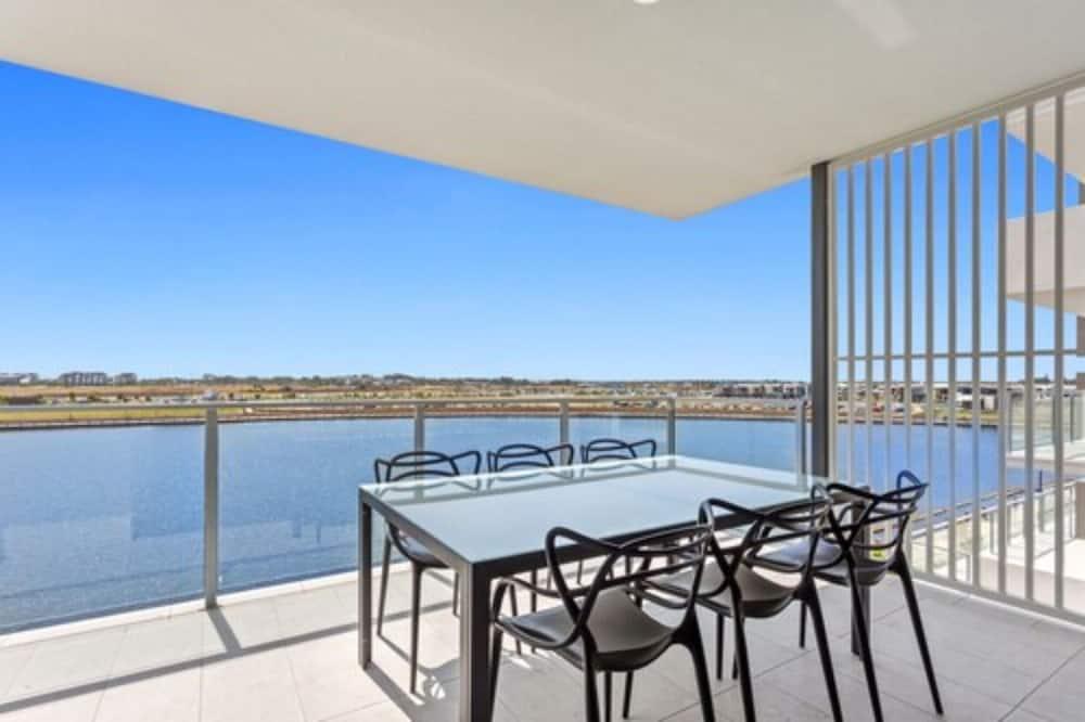 Представительские апартаменты, 2 спальни, вид на озеро - Балкон