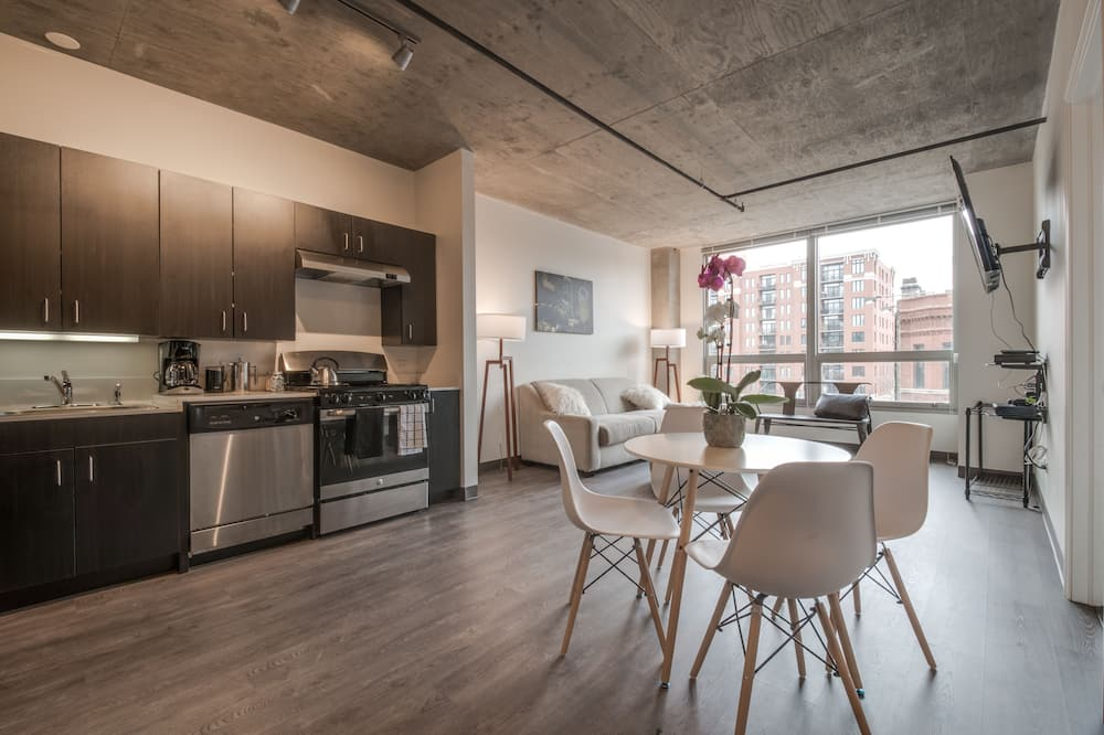 Superior Apartment, Multiple Beds, Non Smoking, Kitchen - Living Room