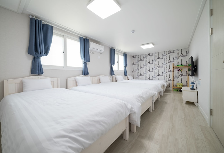 Incheon Airport DreamTrip Guesthouse, Incheon, Room (5 persons), Guest Room