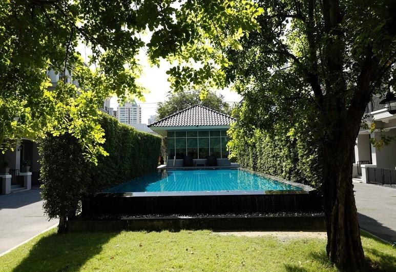 パーフェクト ホーム, バンコク, 屋外プール