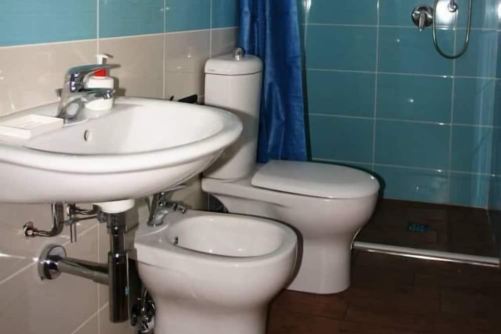 Двомісний номер (with extra bed) - Ванна кімната