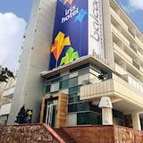 Iris hotel