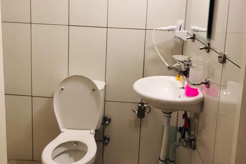 开放式客房 - 浴室