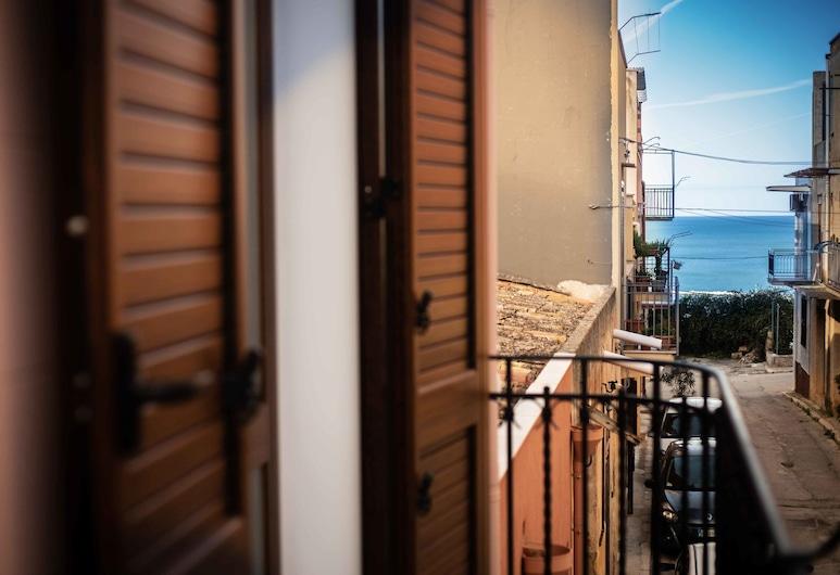 Sette Veli Apartments, Кастелламмаре-дель-Голфо, Апартаменты «Комфорт», вид на море, Балкон