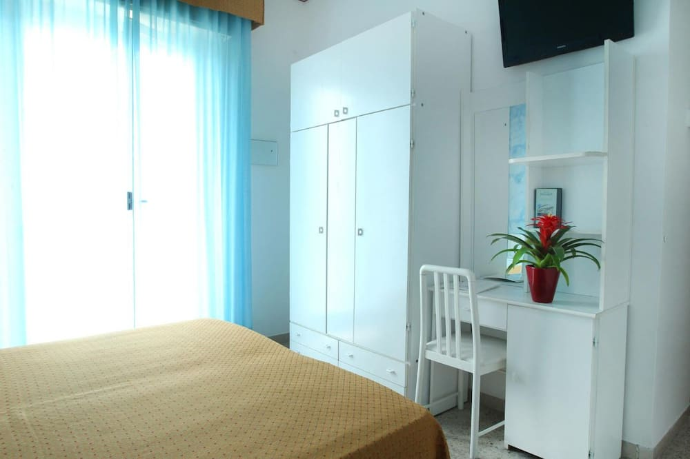 Triple Room, Multiple Beds, Smoking - Children's Theme Room