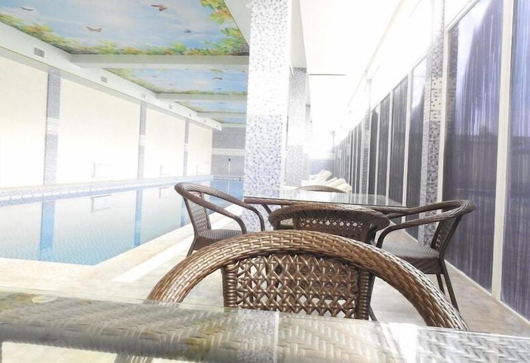 Отель и спа Safar, Душанбе, Закрытый бассейн