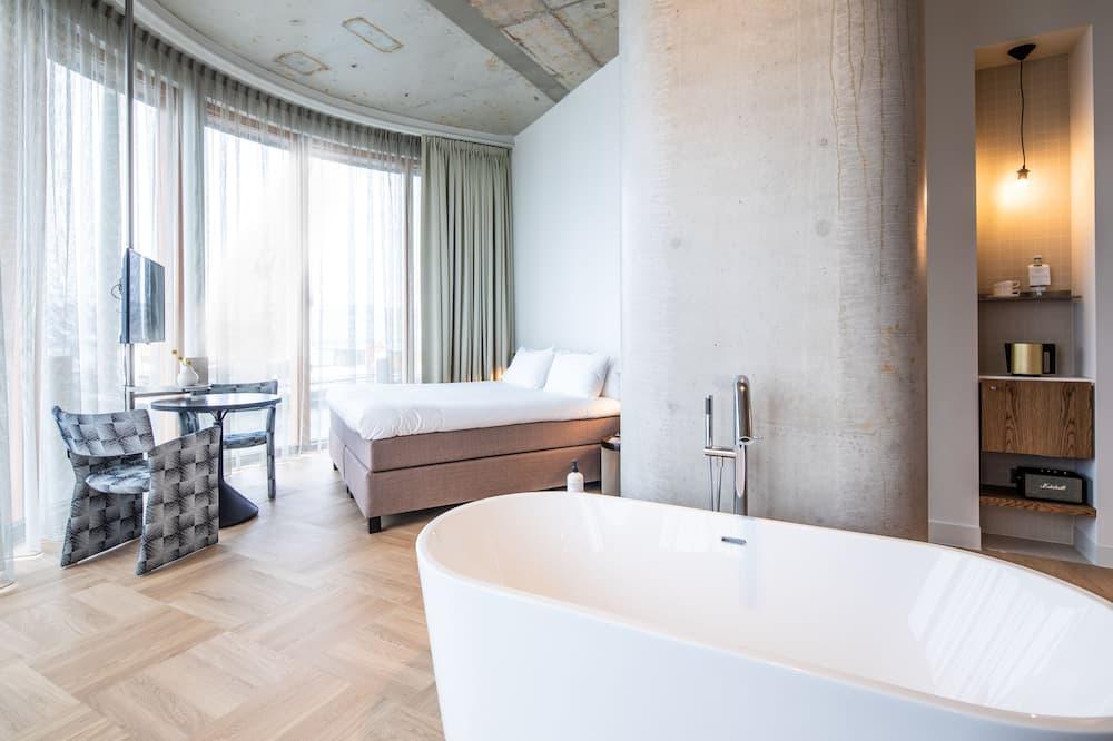 Panoramic-Suite, 1 Queen-Bett, Seeblick - Zimmer