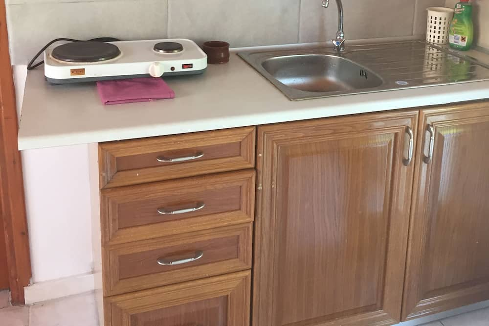Triple Room, Sea View - Shared kitchen