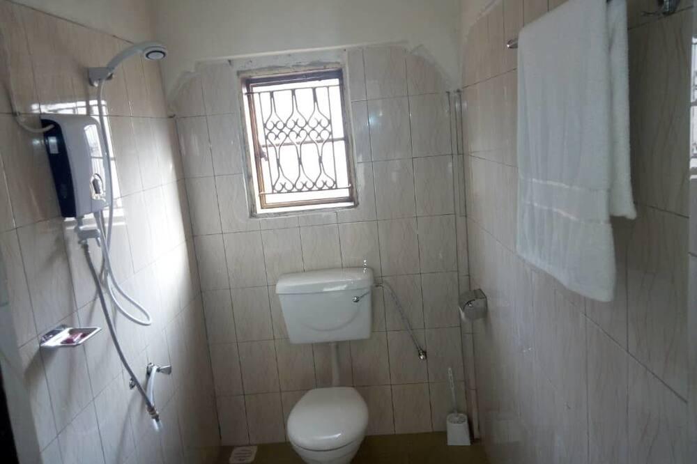 Comfort tweepersoonskamer, 1 tweepersoonsbed, niet-roken, uitzicht op heuvels - Badkamer