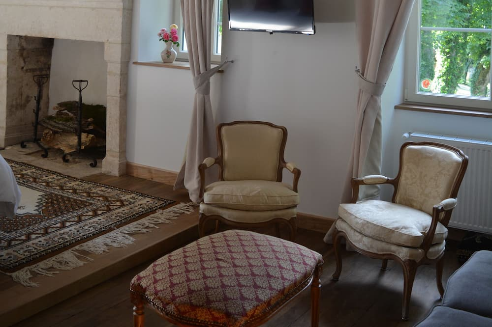 Triple Room (Princesse Zita) - Living Area