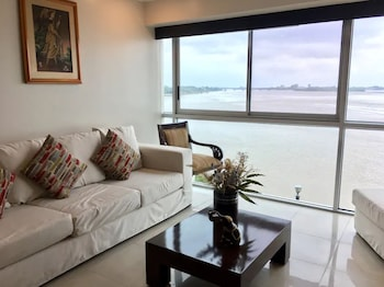 Picture of Luxury Suites Riverfront GYE in Guayaquil