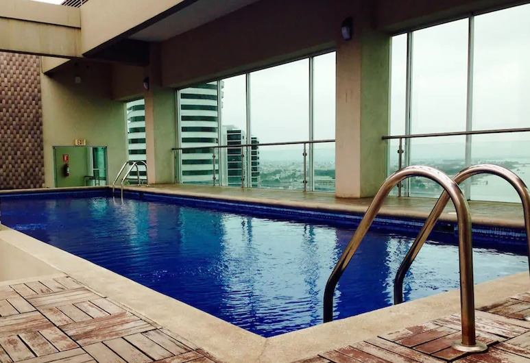 Luxury Suites Riverfront GYE, Guayaquil, Εξωτερική πισίνα