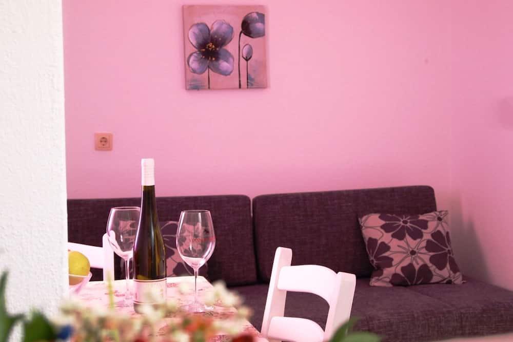 標準公寓 - 客房餐飲服務
