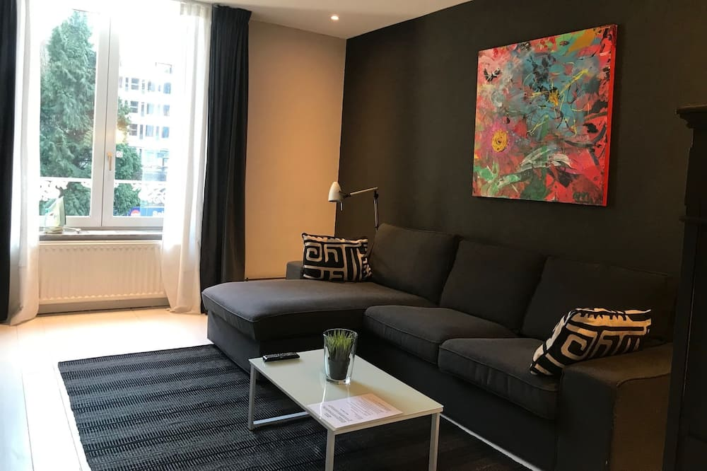 City Apartment (11) - Area Keluarga