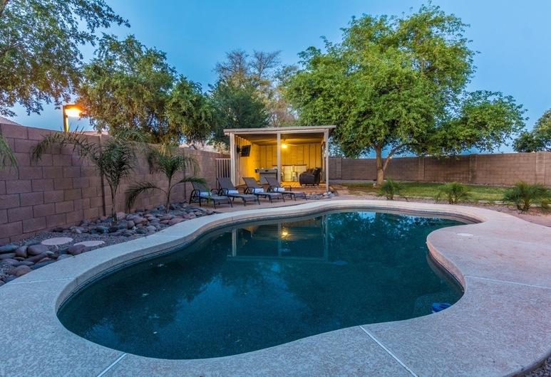 Scottsdale Stays️ Gilbert 12 Bed Estate-Sleeps 22, Gilbert, Standard-rom, Privat basseng