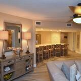 504 Seychelles - 3 Bedroom 3 Bath - Oceanfront