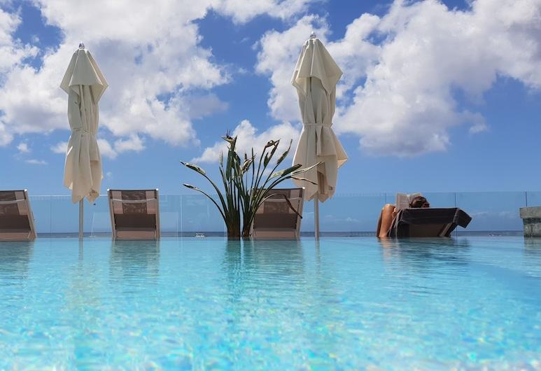 OBiches Apartments by Dream Escapes, Trou aux Biches, Vonkajší bazén