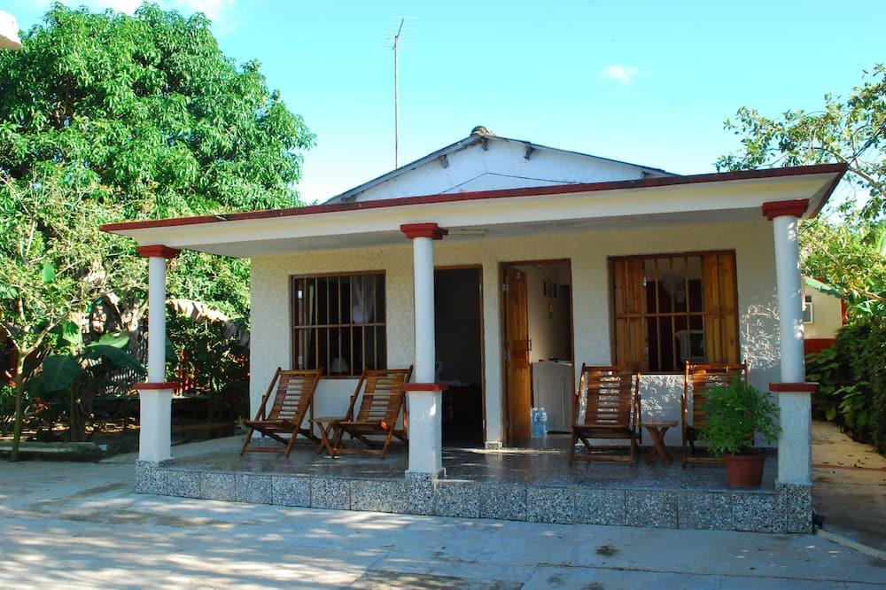 Casa Leibys y Papito el Zapatero
