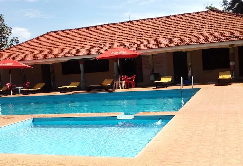 Golden Peace Hotel, Gulu, Välibassein