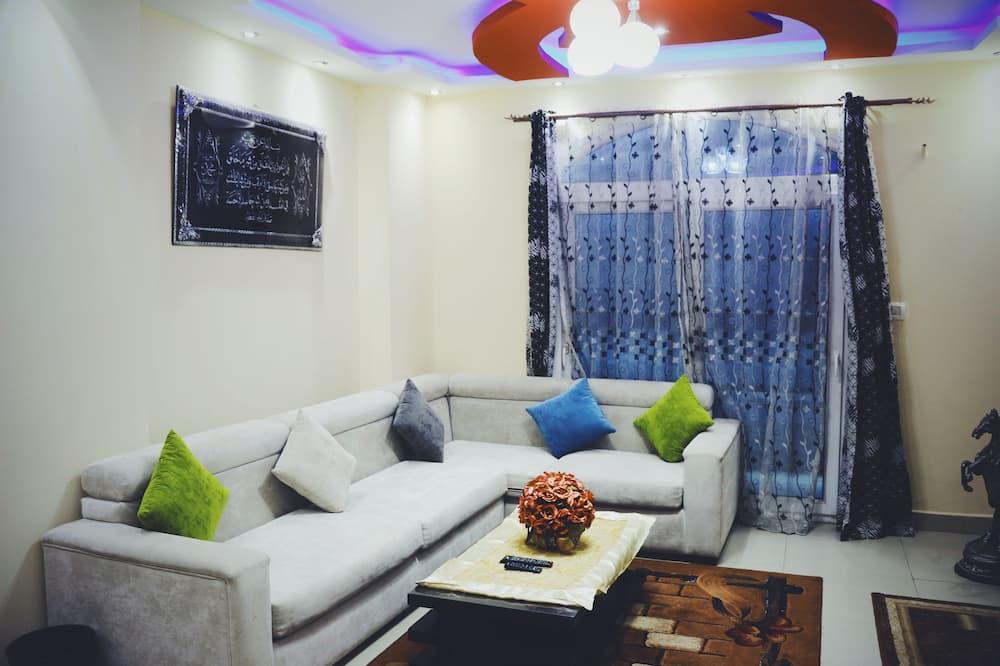 Luxury Condo, 2 Bedrooms, Partial Sea View, Sea Facing - Living Room